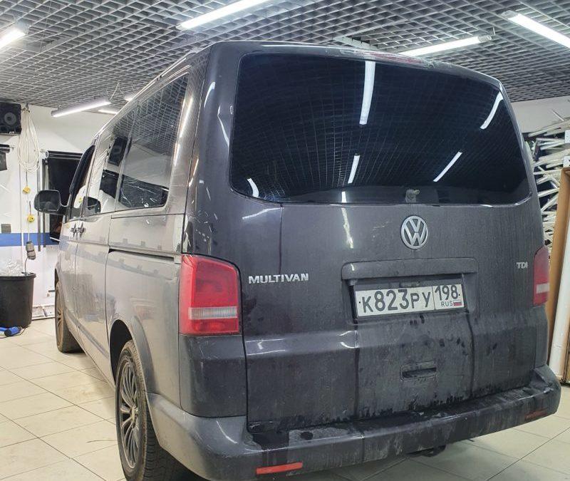 VW Multivan — тонировка задней части пленкой Shadow Guard 95
